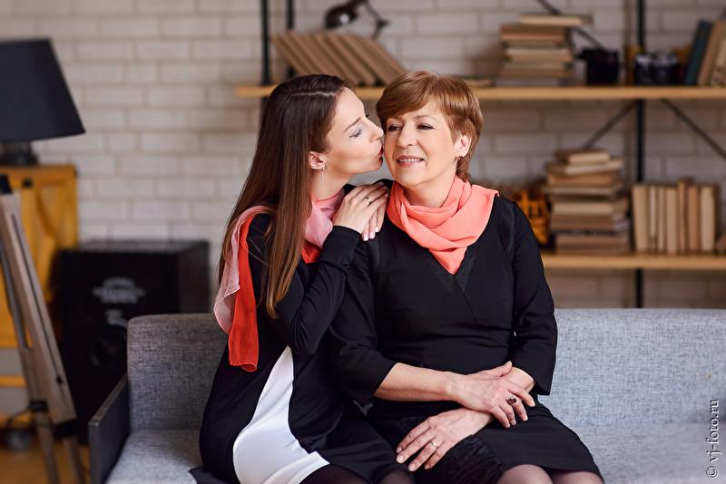 ТОП-5 душевных презентов к дню матери 2018