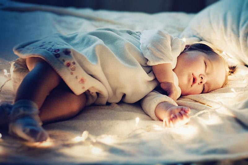 Больше всего на свете — больше еды и питья, больше сна и свежего воздуха — ребенку нужны здоровые, отдохнувшие и любящие друг друга мама и папа.